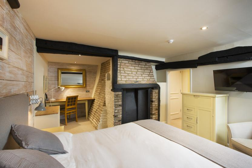 New Flying Horse, Wye - Double Room 5